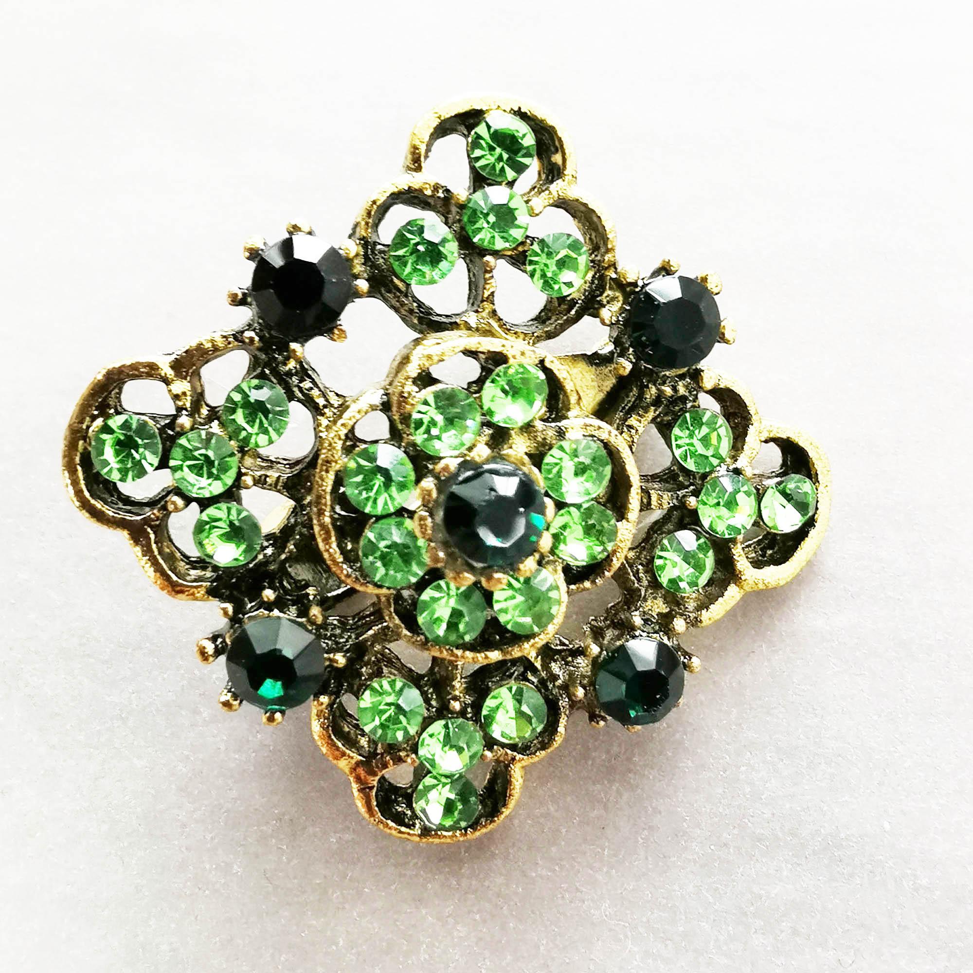 Green vintage diamante brooch