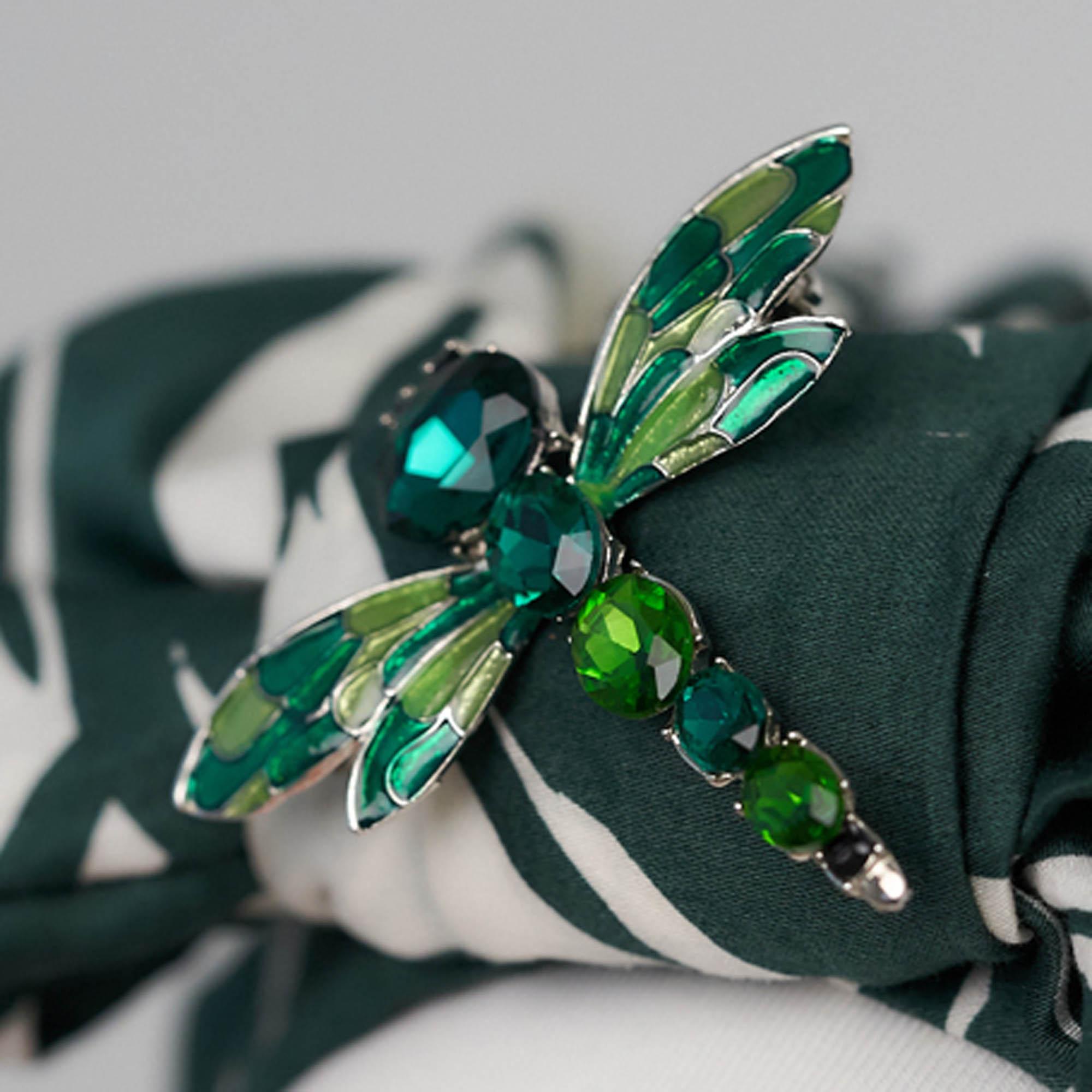 Green small dragonfly brooch